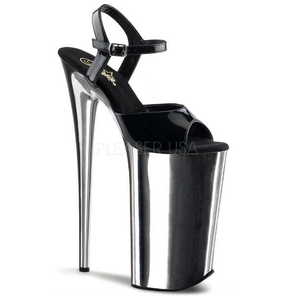 Extrem High Heels Sandalette in schwarz Lack mit silber verchromtem Plateau